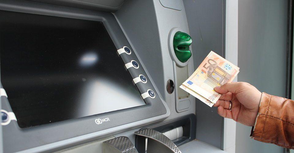 geld afhalen in het buitenland